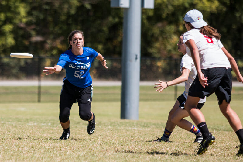 Molly Brown's Claire Chastain at 2016 South Central Club Regionals. Photo: Daniel Thai -- UltiPhotos.com