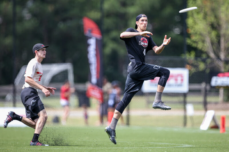 Minnesota's Ben Jagt at the 2016 DI College Championships. Photo: Paul Rutherford -- UltiPhotos.com