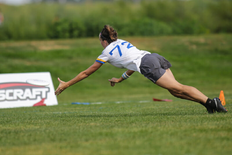 San Francisco Fury's Katie Ryan lays out for a grab at the 2018 U.S. Open.