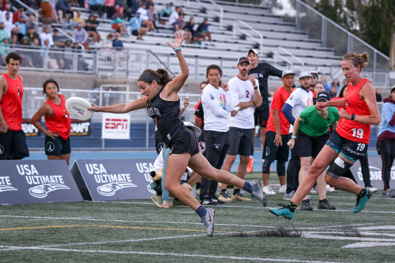 Philadelphia AMP's Natalie Bova makes the championship-winning catch at the 2019 Club Championships. Photo: Paul Rutherford -- UltiPhotos.com