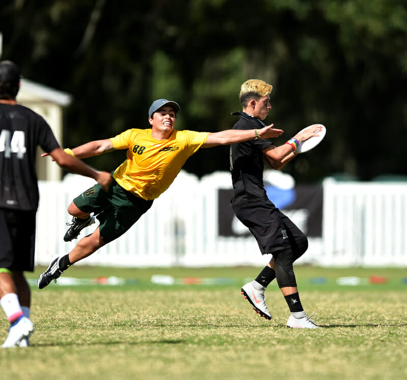 Communidad El Oso and Evolution met in a semifinal at PAUC 2019. Photo: Billy Dzwonkowski -- UltiPhotos.com