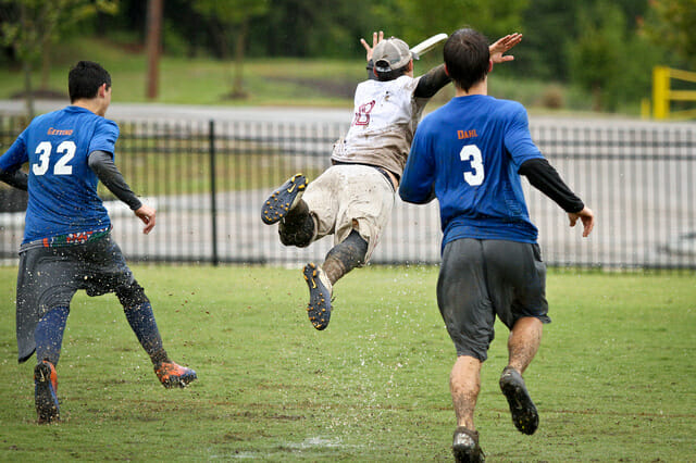 A Florida State player lays out for a disc against Florida at the 2013 Southeast Regionals.