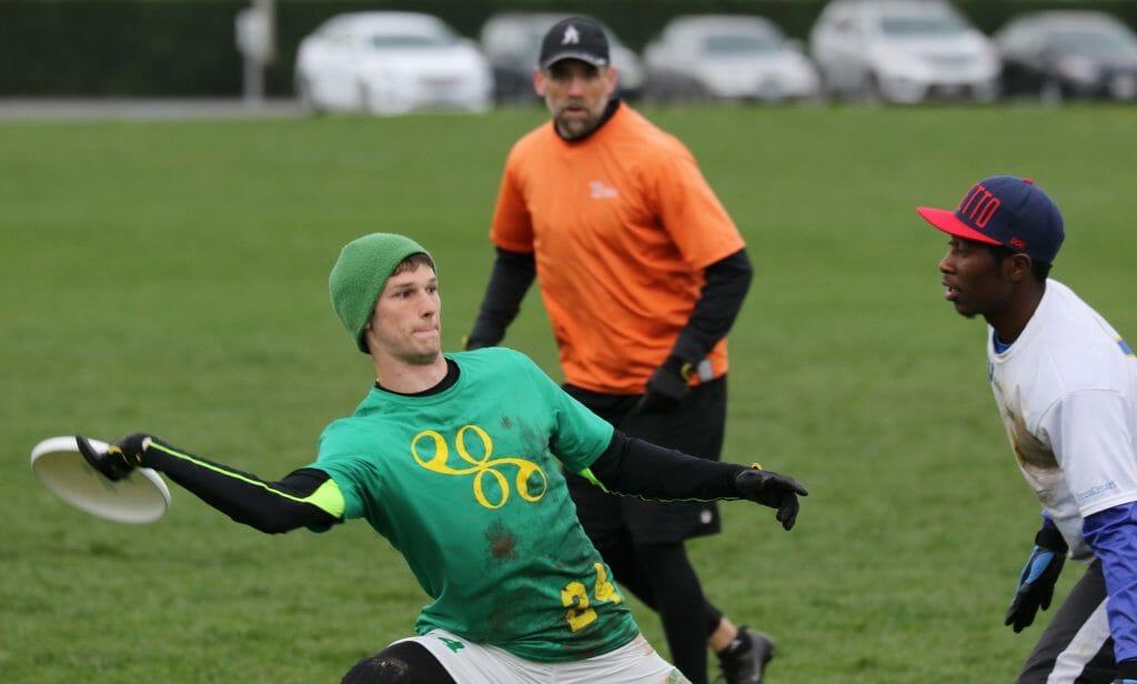 Oregon's Adam Rees marked by Washington's Khalif El-Salaam. Photo: Steve Athey.