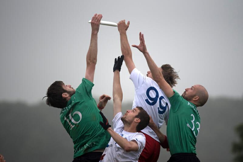 Ireland v. France. Photo: Jolie Lang -- UltiPhotos.com